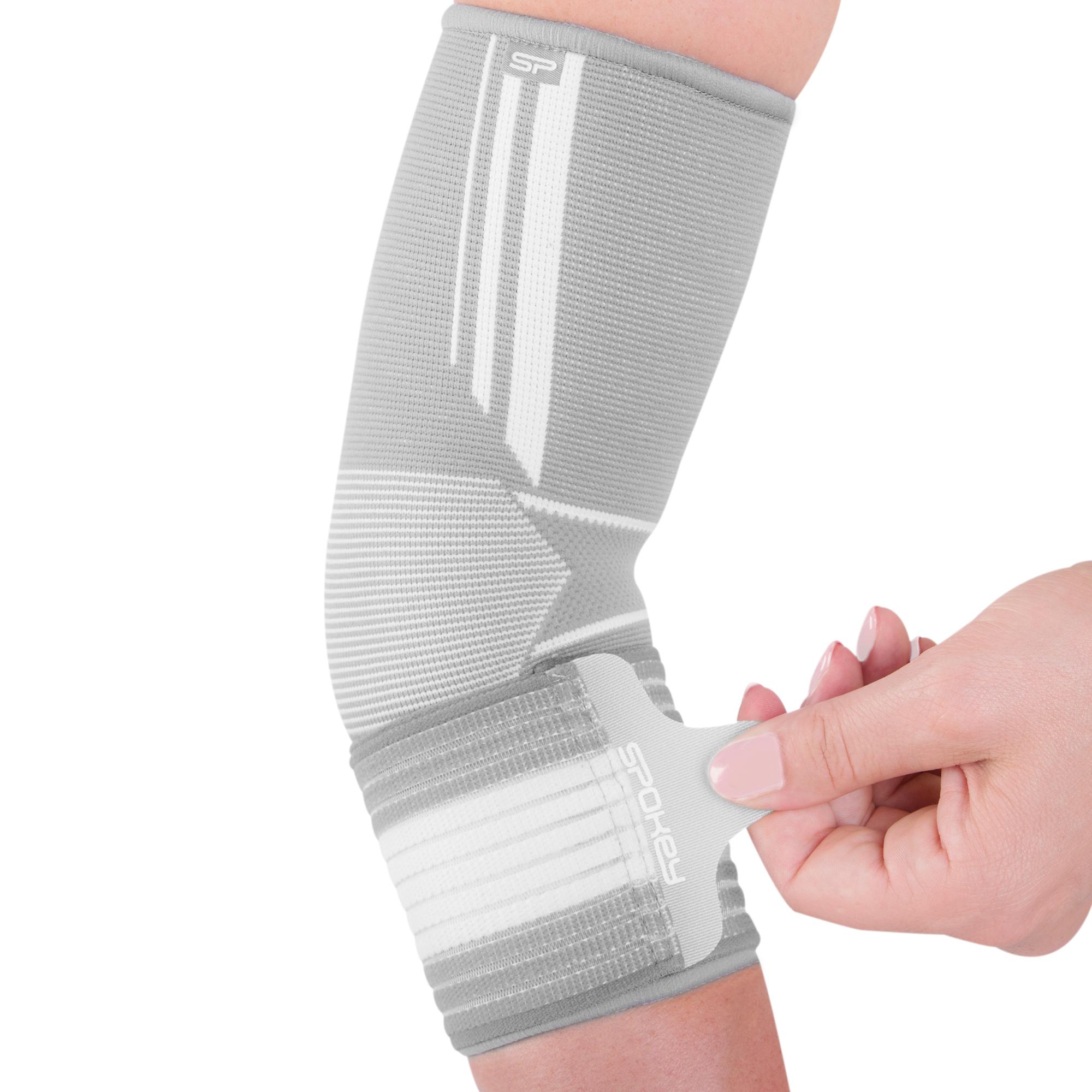 Bandáž lokte Spokey Segro univerzál. Pomáhá zmírnit nepohodlnost v případě  natažení a úrazu svalů a kloubů. bed8172598