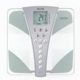 Stylová skleněná osobní digitální váha Tanita BC - 543